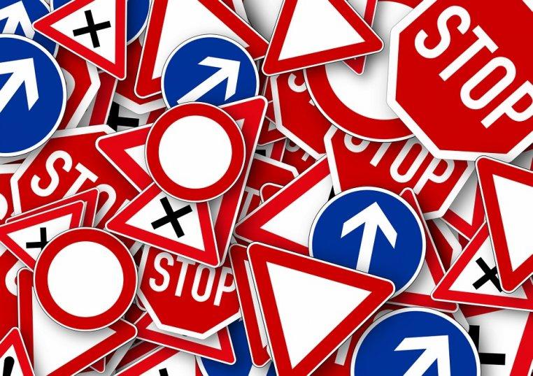Przepisy drogowe których nie znamy.