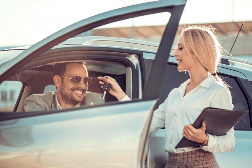 Wypożycz samochód w Krakowie. Co zyskasz?